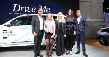 The Hain family and Volvo Cars President & CEO Håkan Samuelsson
