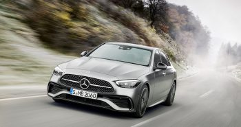Mercedes-Benz C-Klasse, 2021, Selenitgrau magno, Leder zweifarbig Sienabraun/Schwarz // Mercedes-Benz C-Class, 2021, selenite grey magno, siena brown/black leather